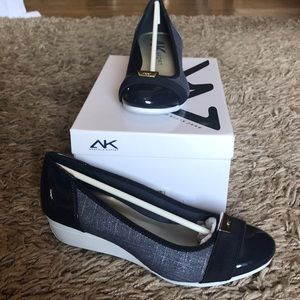Brand New In Box Anne Klein Sport Casual Wedges